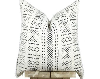 African Mudcloth Pillow Cover, African Mud Cloth, African Pillow, Off White and Black | 'Kenya'