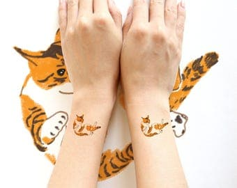 Cat lover temporary tattoos.  Funny Cats hand drawing. Size Approx.4 x 4 cm . 4 design per set.