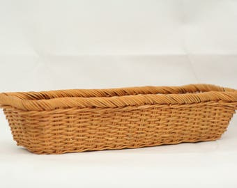 French vintage baguette wicker basket – French bread basket – rustic French kitchen