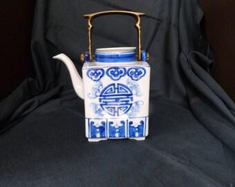 Handpainted square Thai teapot