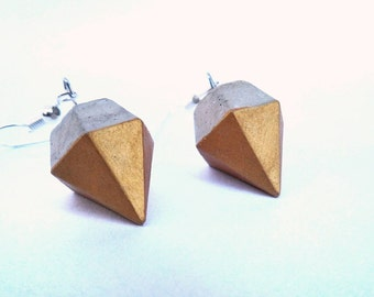 Concrete diamond earings with gold paint
