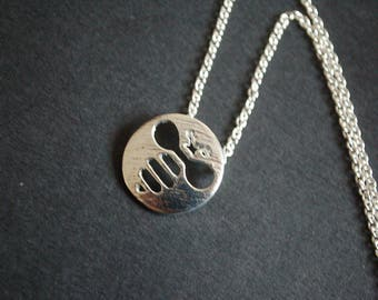 Silver tone bumble bee necklace