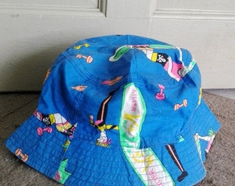 Vintage bucket hat size (made in USA)/used