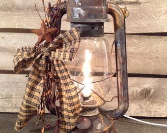 Country primitive rusty metal lantern Decor