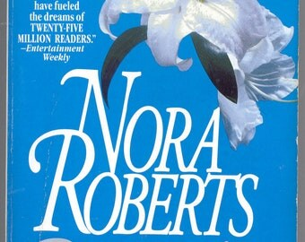 Nora Roberts -Born In Ice (1995, Softcover)
