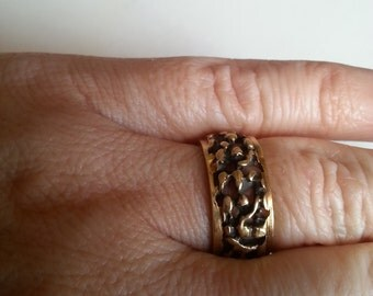 Men's Gold Nugget Wedding Band