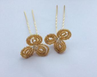 Set of 2 flower hair pins