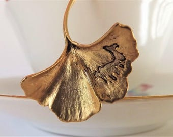 Ginkgo Leaf Necklace - Gold Leaf Necklace - Matte Gold - Charm Necklace - Japanese Necklace - Mother's Day Gift - Chinese Jewlery - Zen