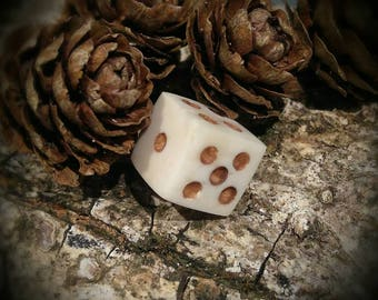 Cow Bone Dice (Ancient Betting Dice) single