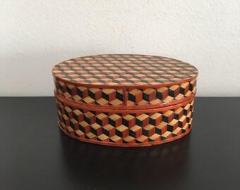 Vintage Oval Wooden Trinket Box, Geometric Design, Basket Weave, Woven Wicker, Woven Reed, Home Decor, Storage Case