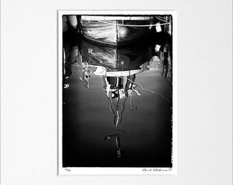 """Danilo Böhme """"Wasserspiegel"""", Schwarzweiß-Fotografie, FineArt Print im Passepartout, Original, Vintage Print, Limitiert, Handsigniert"""