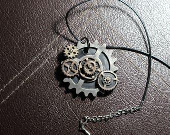 Steampunk, gears pendant