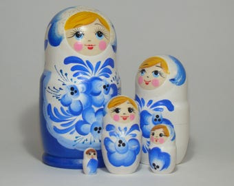 Nesting Doll Gzhel, 5 pcs, blue and white handmade matryoshka, babushka doll, russian traditional wooden toy, russian folk art