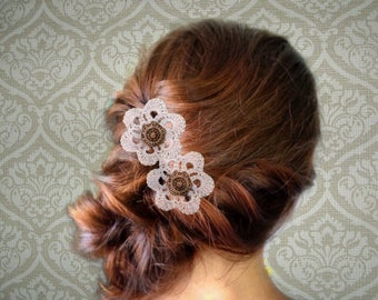 Lot of 2 vintage crochet flower hair accessory