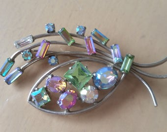 Vintage 1950's colourful aurora borealis brooch