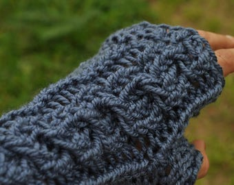 Romantic style stranded mittens