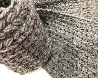 New Handmade gray knitted scarf