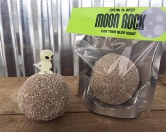 Break Open Treasure Geode Toy Moon Rock Glow in the Dark Alien