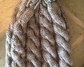 Cable knit hat( youth - small adult )