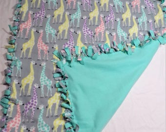 Giraffe Blanket - Giraffe Decor - Baby Throw - Baby Bedding - Girl Twin Bedding - No Sew Blanket - Girl Crib Blanket - Baby Shower Gift