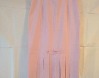 Vintage High-waisted Pink Pencil Skirt with pleating detail on back