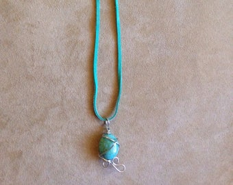 Turquoise leather Wire Wrapped Turquoise bead necklace