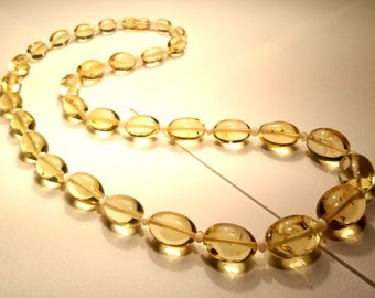 Natural Baltic Amber Necklace for Women Light Lemon Colour Olive Pieces with Pearl Imitation Separators