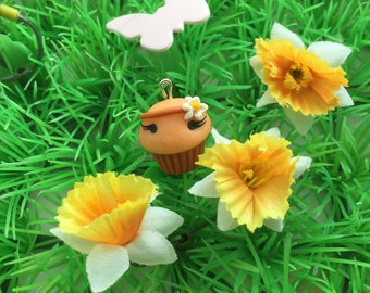 Flowers muffin kawaii pendant charm