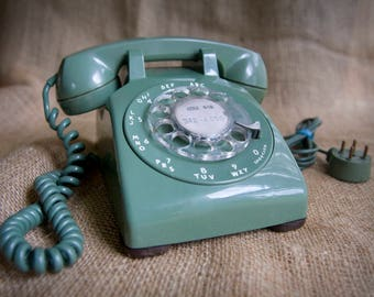 70's Vintage Avocado Green Rotary Phone ~ Bell Western Electric 1970's
