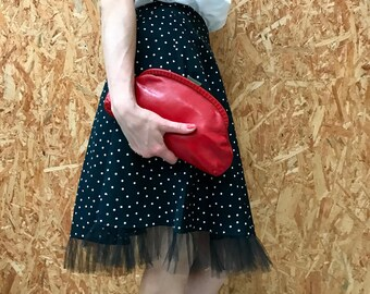 Vintage red handbag / leatherette pouch / purse with felted inside / 1960s