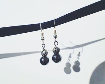 Metallic Roses and Black Stone Earrings #009