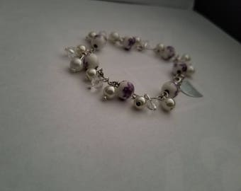 beaded bracelet with customizable heart plate