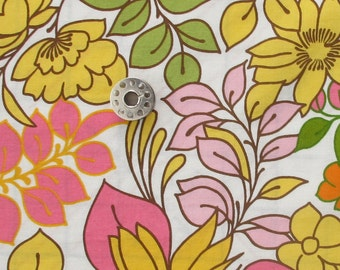 Vera's Garden Fabric Remnants Pink Colorway | OOP Medium Large Scale Vintage Inspired Floral Print Fabric from Robert Kaufman