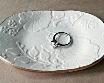 Ceramic Trinket Dish OFF WHITE edged in gold