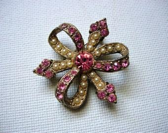 Sweet Vintage Pink Rhinestone and Faux Seed Pearl Brooch