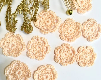 Tiny Pale Peach crochet flowers, Pale Peach collection, Miniature Peach Flowers