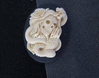 Sugar Skull with Snake Cabochon Day of the Dead Cinco de Mayo Nicoles BeadBacking Ultrasuede Resin Cabs