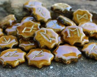 Elder Futhark Rune Set - 8 pointed star, brown
