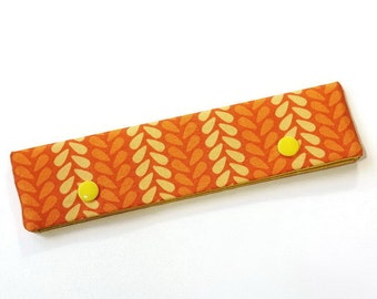 Knitting Needle Keeper DPN Cozy for 6 inch needles, Knit Stitches