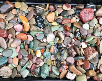 Alaska River rocks - River rocks bulk - Wedding stones - Wedding Favor - Memorial stone - Guestbook alternative - Colorful stone - Rockhound