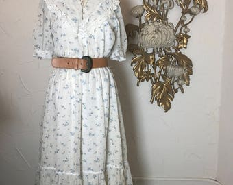 1970s dress cotton dress peasant dress size large vintage dress floral dress gunne sax style 38 bust prairie dress boho dress