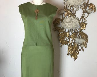 1960s suit olive green suit 3 piece suit size medium vintage suit dress suit mad men suit 26 waist