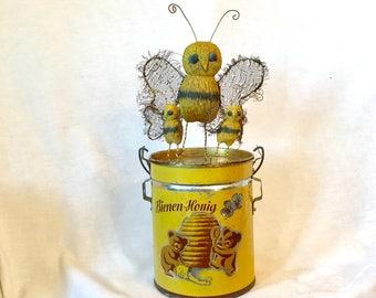 Honey Bee High Drama - OOAK - USA