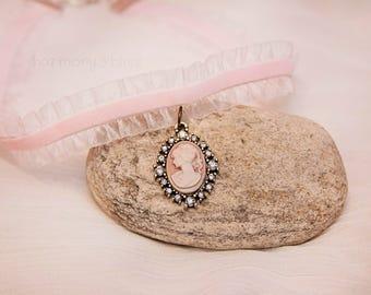 Cameo charm choker, cameo choker, Pink cameo charm choker, pink cameo charm jewelry, cameo charm jewelry, cameo charm necklace, pink velvet