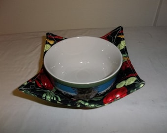 Microwave, Bowl Cozy, Mixed Vegetables, #3 Quilted Bowl, Reversible Potholder, All Cotton Fabric, and Thread, Handmade Gift