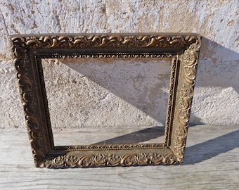 Vintage Antique 1900 Victorian  French gilted stucco  gesso open frame