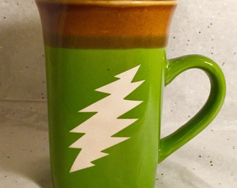 Etched Grateful Dead Coffee or Tea Mug featuring a 13 Point Steal Your Face Bolt