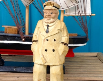 SALE-FREE SHIPPING-Vintage Handcarved Sea Captain Figurine-Heavy Wood Carved Ship Captain-Nautical-Coastal-Maritime-Mancave-Seaman