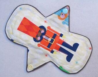 "7.25"" Regular - Lg Nutcrackers - Reusable Cloth Menstrual Pad (7MC)"