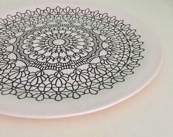 """11"""" Hand Built Porcelain Doily Dish - Black"""
